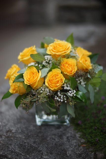 Roses Vase Arrangement